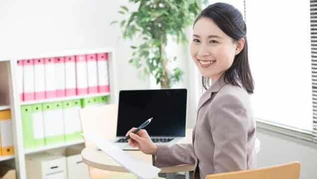 医療事務と一般事務の仕事内容・給料の違い